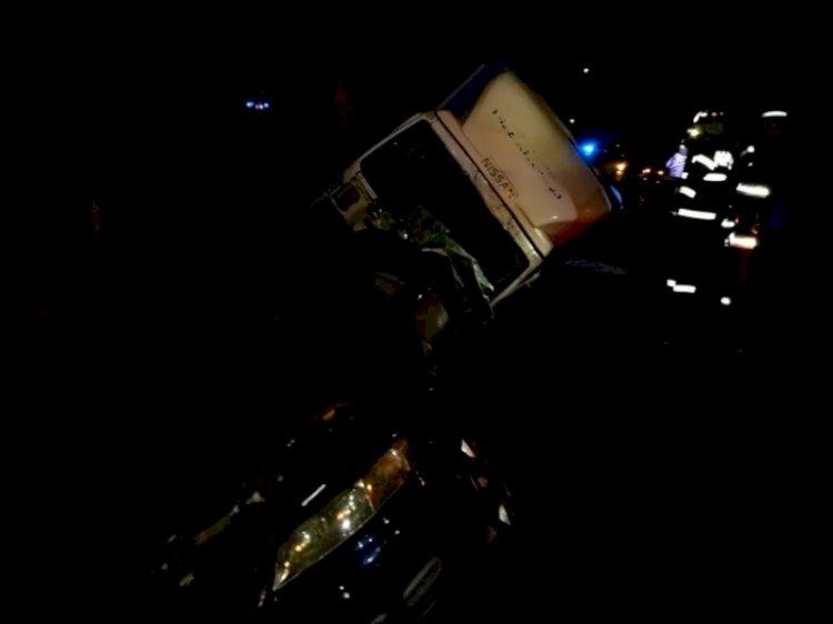 Accident la Mijlocenii Bârgăului. Impact între un autocamion și un autoturism