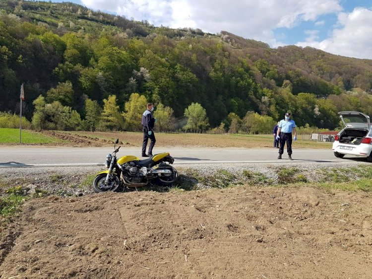 Băiețel de 5 anișori în stare gravă după ce a fost lovit de motocicletă! Intervine elicopterul SMURD