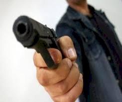 Împușcături la răsărit de soare, la Băile Figa: o încăierare între tineri a culminat cu rănirea unei fete. Au fost trase focuri de armă!