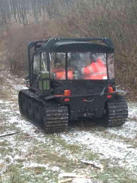 Tragedie într-o pădure din zona localității Monor. Un bărbat a murit după ce a fost lovit de un copac